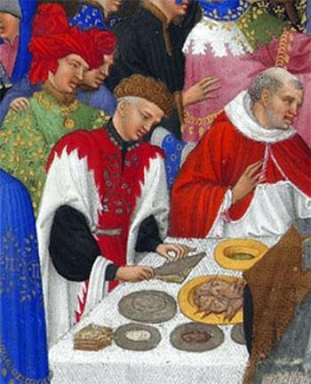 Zilveren en gouden schalen en een stapeltje 'broodborden'. Detail uit het getijdenboek van de Duc de Berry, maand januari (bron Wikimedia)