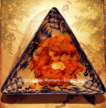 Gajar halva, zoet Indiaas gerecht met wortel