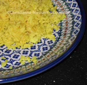 Gele rijst (nasi koening)