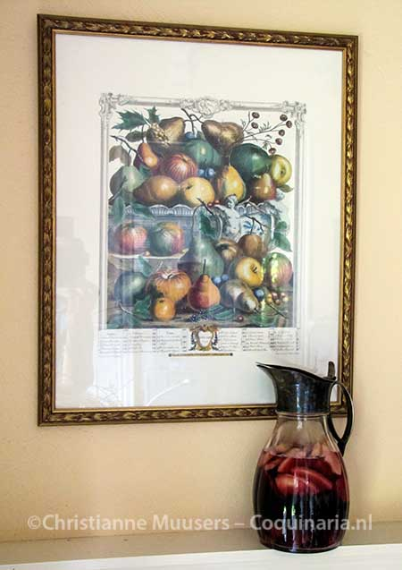 'Divine wine' in front of a picture of pears