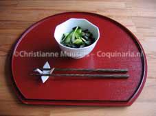 Salade met komkommer en zeewier