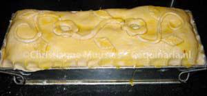 De paté en croûte is klaar om de oven in te gaan