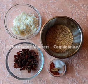 De droge ingrediënten voor rode mosterd