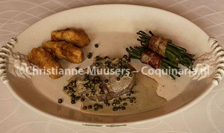 Steak au poivre vert met garnituur