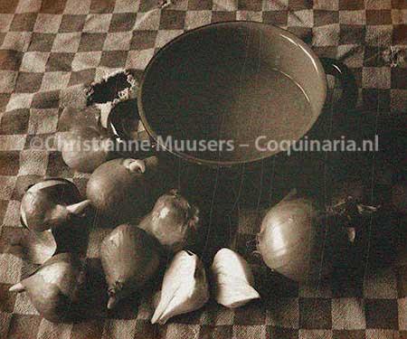 The prepared tulip bulb soup