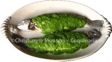 Twee forellen onder groene saus