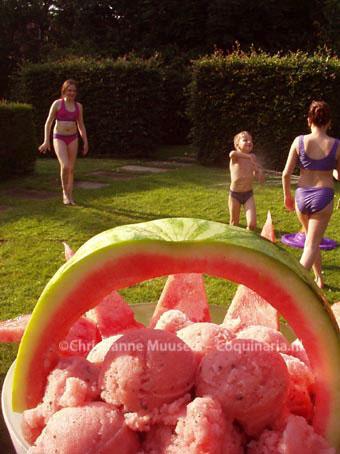 Sorbetijs van watermeloen tijdens een hittegolf in 2002
