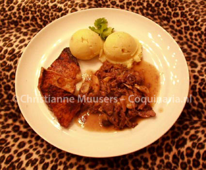Wildpeper met gebakken knolselderie en aardappelpuree