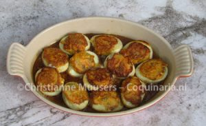 Medieval eggs with mint