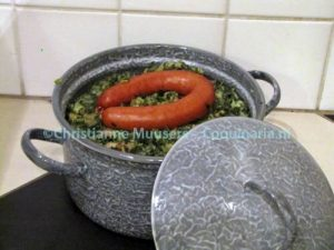 Mashed potatoes with kale in a traditional stamppot pan