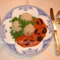 Ouderwetse gehaktballetjes in tomatensaus