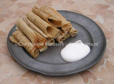 Rolled wafers with cream, recipes 82 and 197 from this manuscript