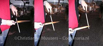 Slijpen van een mes met een aanzetstaal
