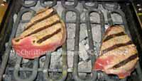 Tournedos op een electrische grill met lavasteentjes