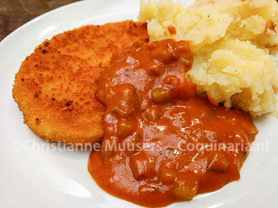 Schnitzel with sauce piquante, based on the sauce espagnole
