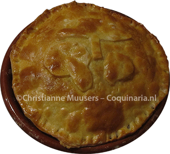medieval pie with mushroom stuffing