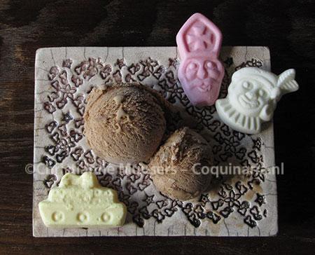 Speculaasijs, gemaakt met bruine suiker